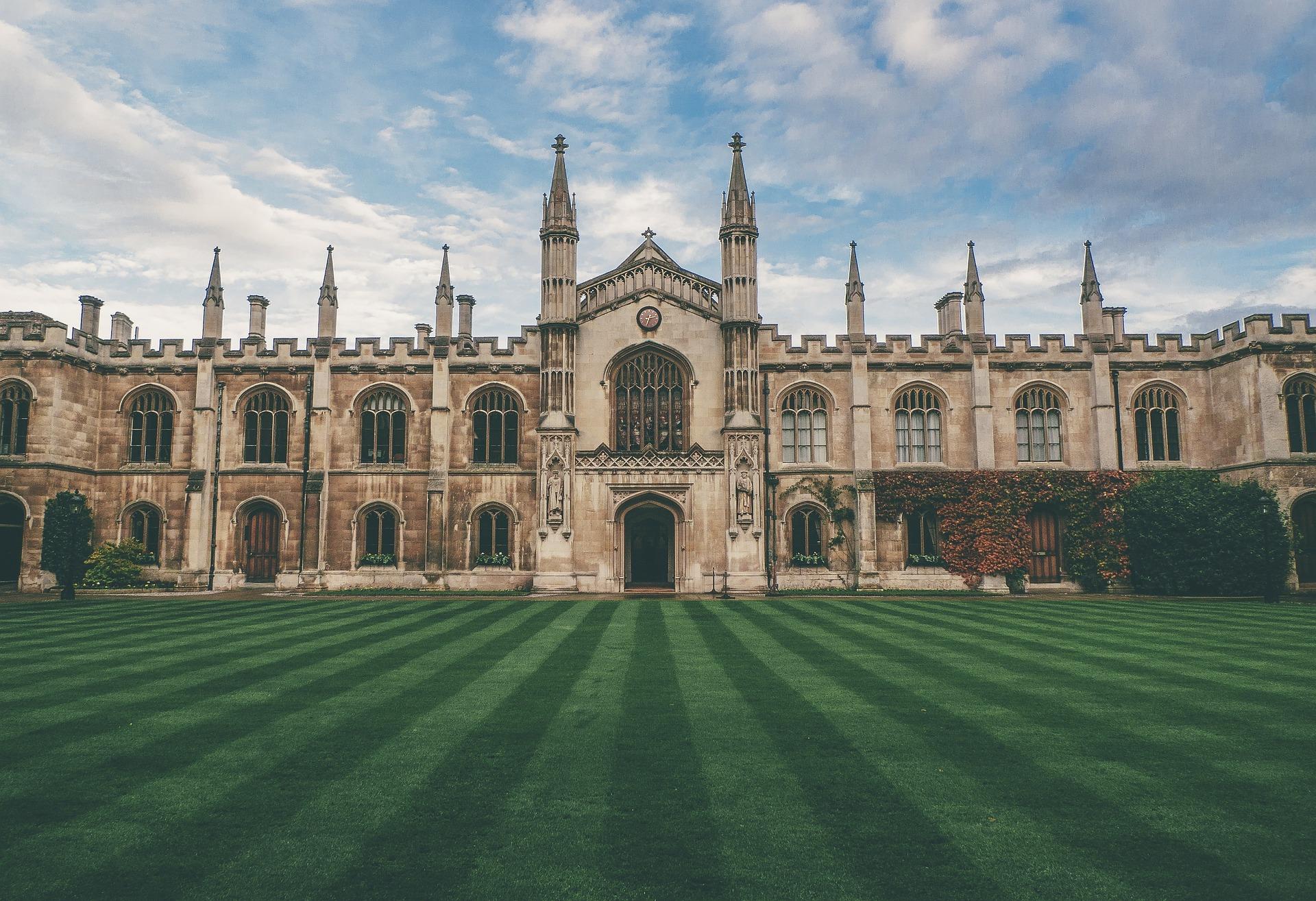 estudio digital universidades privadas españa y portugal-1