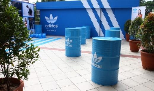Pop-up stores de Adidas, éxito de las tiendas temporales